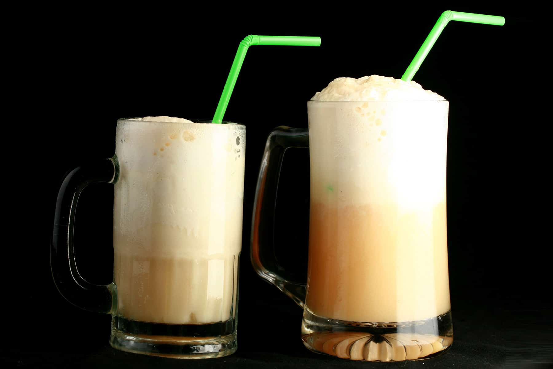 This boozy sparkling cider float is an adult take on a summertime favourite. Highly customizable, use whichever spirit or liqueur you love!